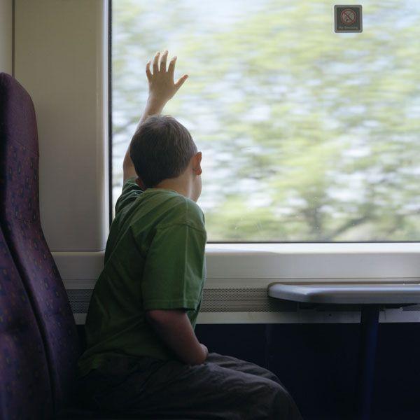 Autismo e fotografia: Gli scatti di una mamma sull'invisibile mondo del figlio autistico (2/2)