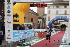 arrivo maratona terre verdiane fennraio 2015